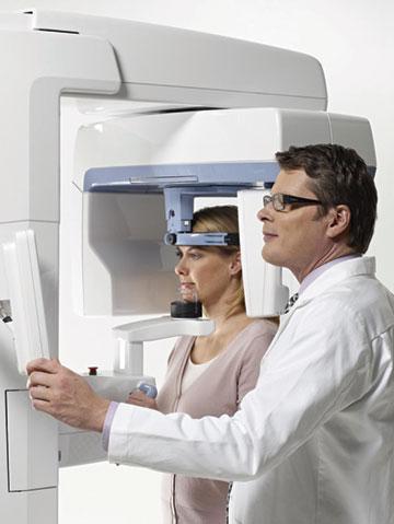 Instrumentarium dental unveils op300 maxio at aao orthodontic.